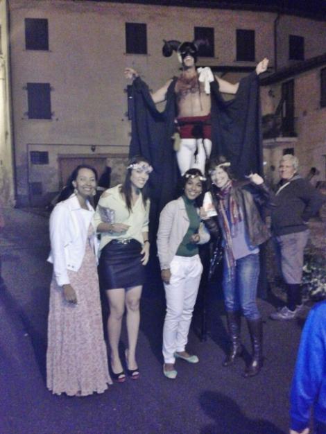 eu e algumas amigas no evento de 2012