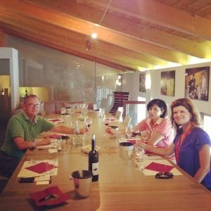 degustação de vinhos emm vinícola