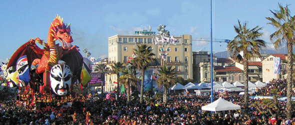 Carnevale-2013-Viareggio