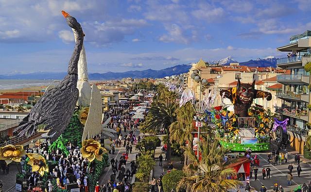 Carnevale-di-Viareggio-e1327684001169