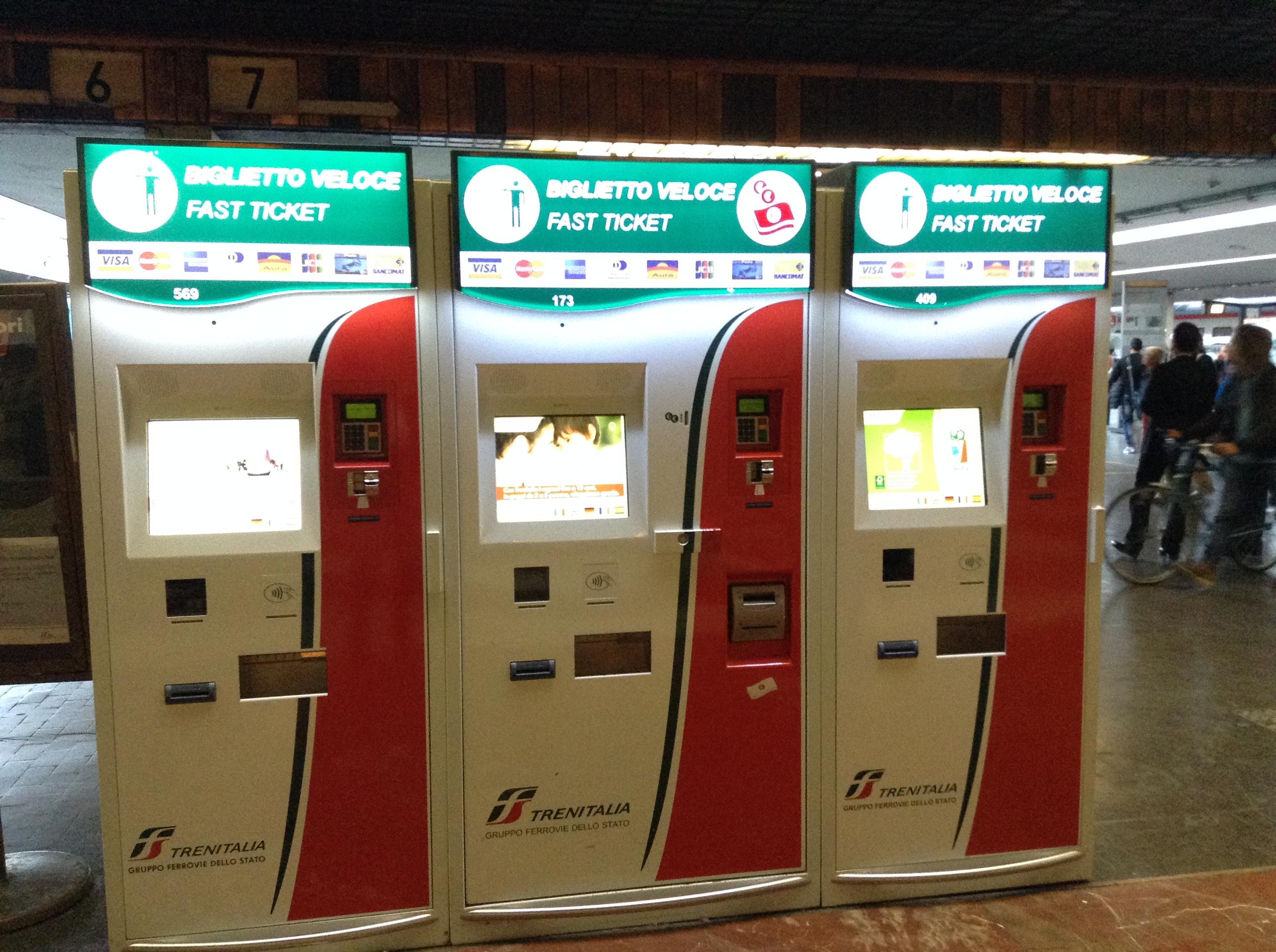 maquinas para comprar os bilhetes